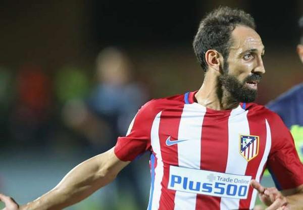 """Atlético Madrid, Juanfran : """"Le Ballon d'Or est pour Antoine Griezmann"""" - Goal.com"""