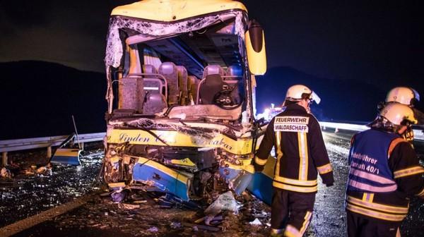 Accident d'un bus belge en Allemagne: le chauffeur décédé originaire de Herent, un dossier ouvert au parquet de Louvain