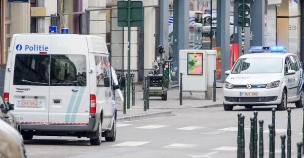 Lanaken (Limbourg): Jos Vanderlee, prêtre de 65 ans, a été poignardé par un demandeur d'asile