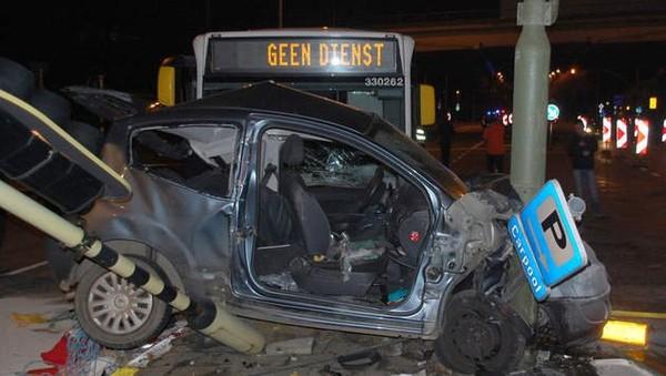 Accident impliquant un bus De Lijn: une victime décédée