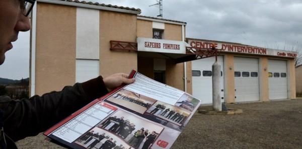 Marion Maréchal-Le Pen en photo avec des pompiers : ça ne passe pas