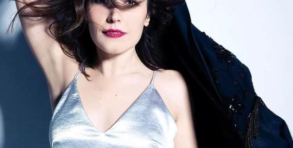 Ana Bacalhau, Artista, Vocalista dos Deolinda, Ana Bacalhau, Contactos