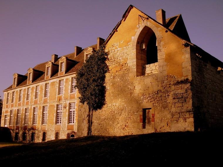 Abbaye de Mortemer — Wikipédia