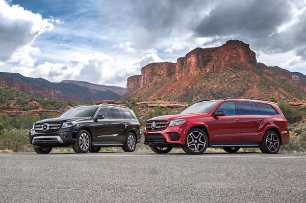 Who leads the Luxury Cars Segment in U.S?