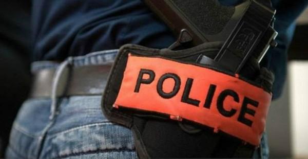 Ivre et drogué, un homme menace sa famille et braque un policier avec une arme factice, dans l'Eure