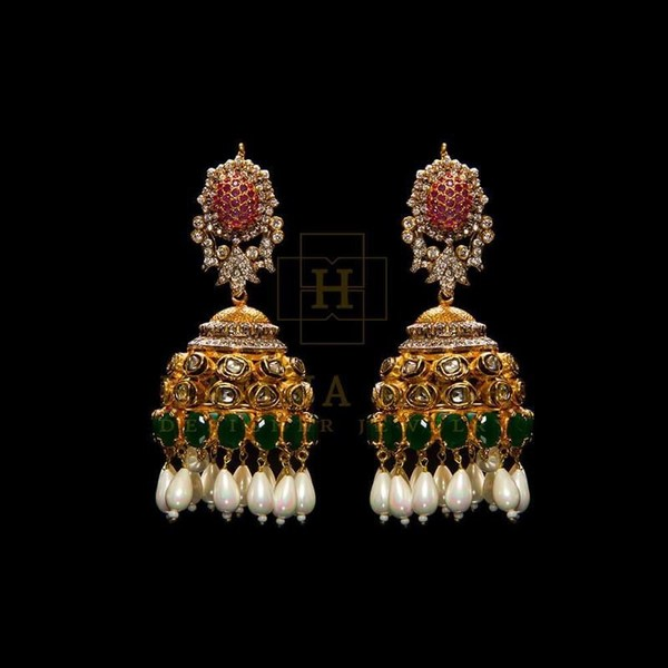 Hamna Amir. Earrings