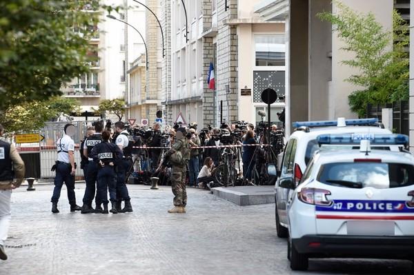Militaires renversés à Levallois : un homme arrêté après une interpellation ''musclée''