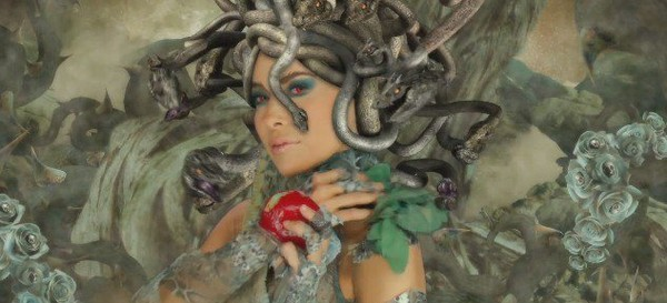 Gloria Trevi - Habla Blah Blah ft. Shy Carter - LNO