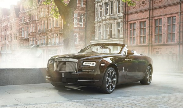 One of a kind Rolls-Royce Dawn Mayfair Edition
