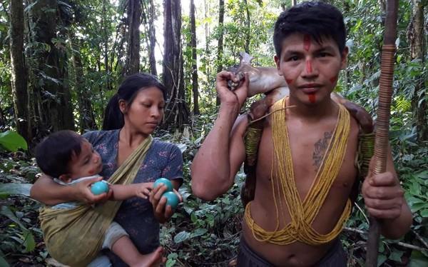 Aventure : cinq jours avec des Indiens d'Amazonie