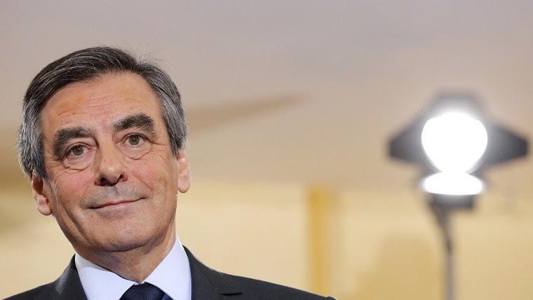 En plein scandale du PenelopeGate, François Fillon est nommé... personnalité politique de l'année