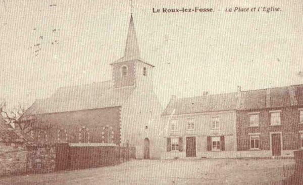 LE ROUX-LEZ-FOSSE - La Place et l�Eglise.