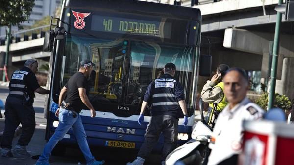 Israël: attaque au couteau dans un bus de Tel-Aviv - Moyen-Orient - RFI