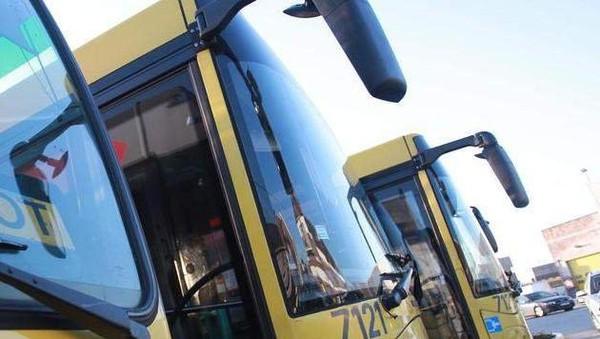 Un motard tué dans une collision avec un bus TEC à Charleroi