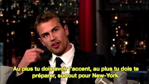 Theo James et son accent américain - VOSTFR