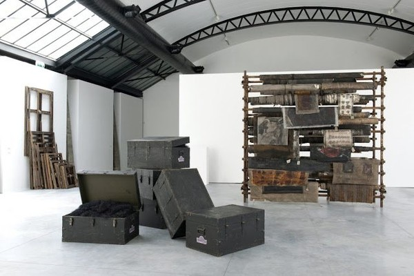 "Exposition Art Blog: ""Product of Chohreh Feyzdjou"" -Post-apocalyptic Installation"