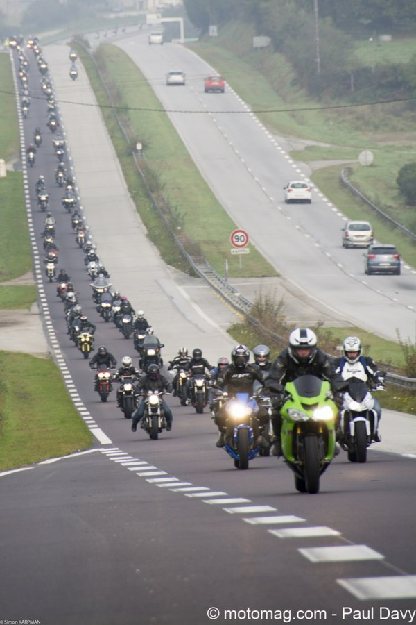 Manifestation FFMC : 1.000 motards dans la Manche, forcément ça gratte !