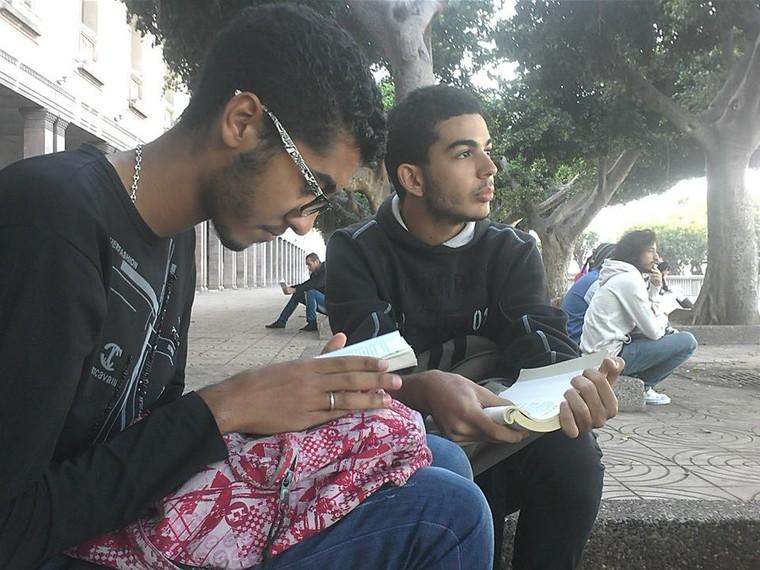 Maroc : La police interdit la lecture dans les espaces publics