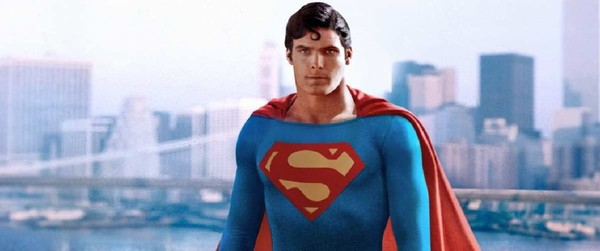 Check Out This Photo Of Henry Cavill In Christopher Reeve's Classic Superman Costume
