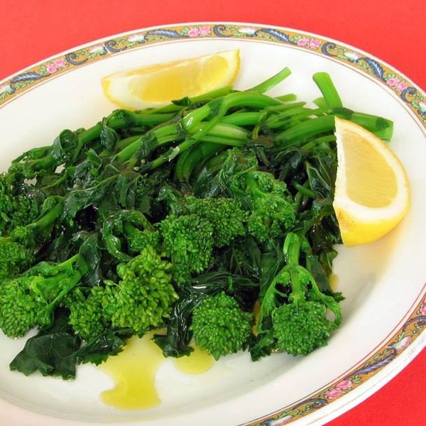 Salade tiède de rapini