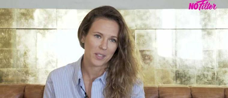 """Lorie Pester révèle être atteinte d'endométriose : """"J'ai eu tellement mal"""" (VIDEO)"""
