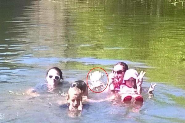 Un poltergeist photographié lors d'une baignade ?   Paranormal   Histoires Paranormales