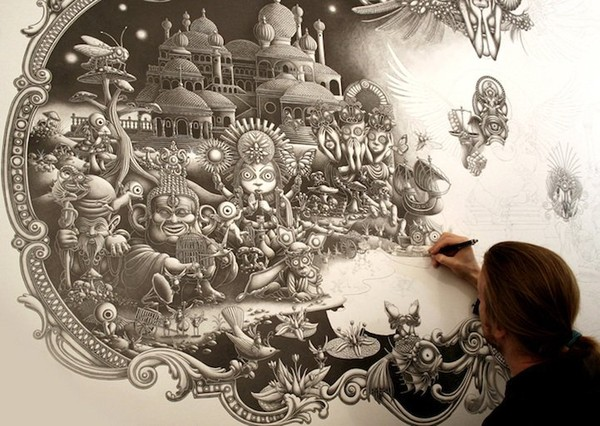 Extremely cool detailed art - NICE PLACE TO VISIT