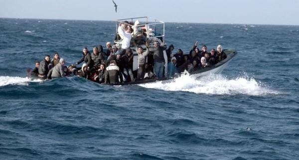 Sbarchi in Sicilia, Ministero degli Interni trasferisce i migranti a Palermo