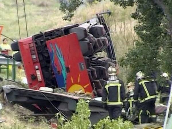 Espagne : Un autocar belge sort de la route à Madrid : 7 tués - Monde - MYTF1News