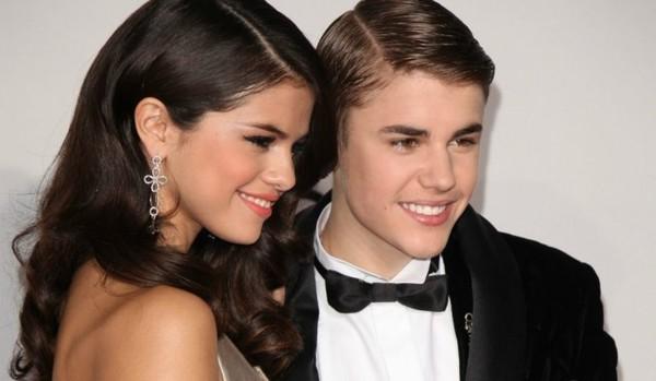 Justin Bieber voit la vie en rose depuis qu'il a retrouvé Selena Gomez