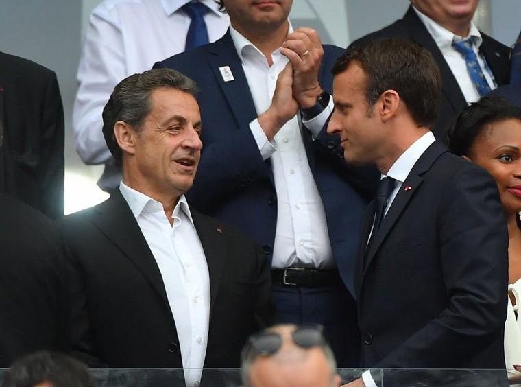 Sarkozy revient à l'Élysée pour un dîner secret avec Macron