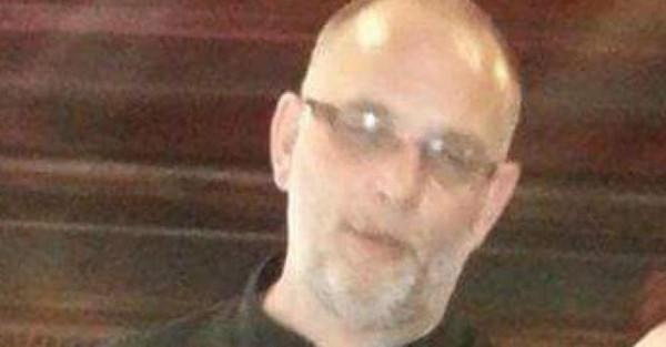 Une voiture percutée par un car: Marc D., 52 ans, perd la vie