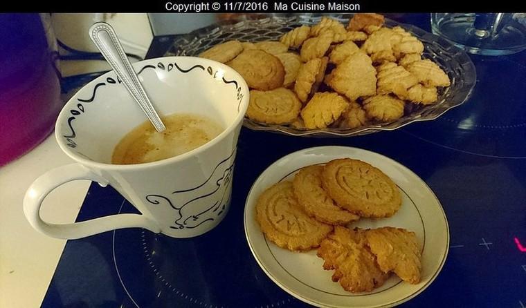 BISCUITS DE NOËL AU GINGEMBRE - Ma Cuisine Maison