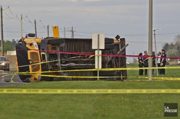 Accident d'autobus à Mont-Saint-Hilaire: un mort et 26blessés | Louis-Samuel Perron | Faits divers