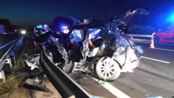 Les photos de l'accident mortel de Jerry Collins sur l'A9 près de Béziers - France 3 Languedoc-Roussillon