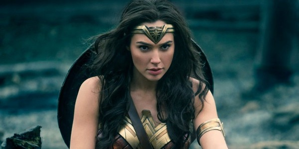 Un cinéma distribue des produits ménagers lors d'une séance de «Wonder Woman»