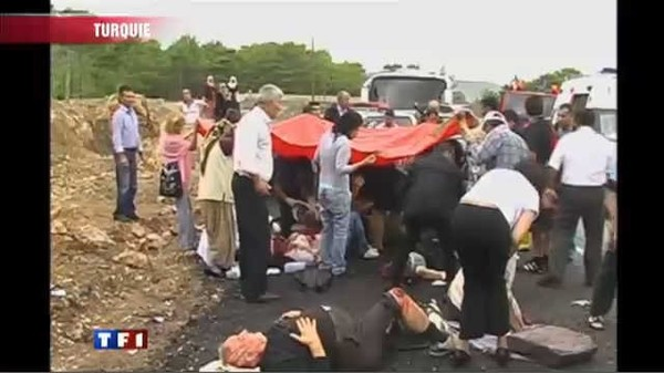 Le journal de 13h - Turquie : un mort dans l'accident d'un car de touristes français