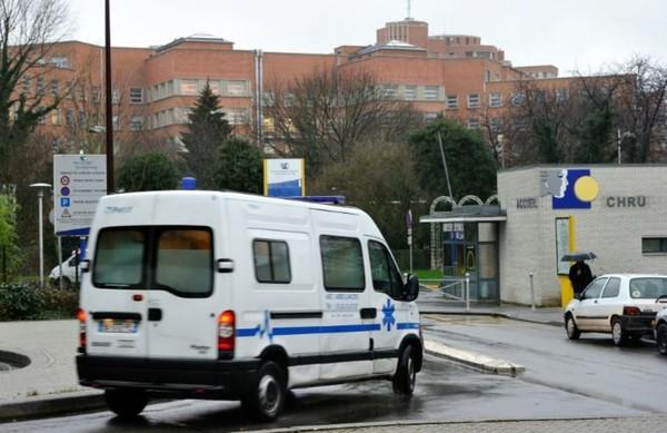 Un mort et trois blessés dans un accident entre un bus scolaire et un camion près d'Arras