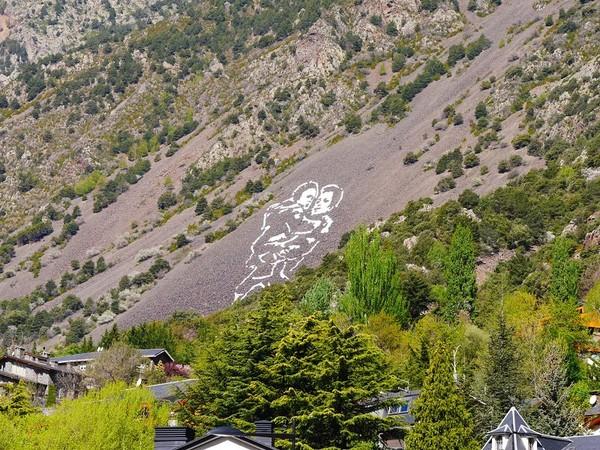 Du 28 avril au 28 juillet 2017, la Biennale internationale « Andorre Land Art » aura lieu en Andorre | ALL ANDORRA
