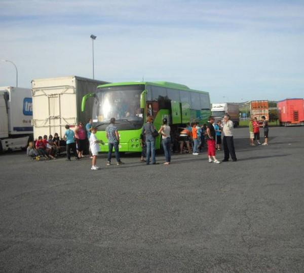 Les petits rugbymen gersois bloqués 5h sur un parking espagnol