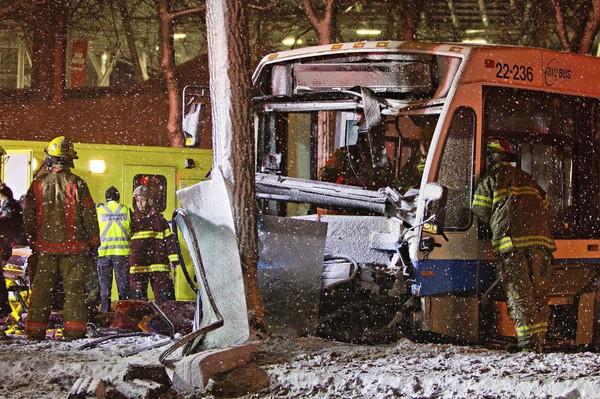 Accident d'un autobus de la STM: 15 blessés | Philippe Teisceira-Lessard | Faits divers
