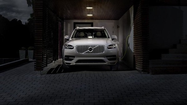Each Volvo car to have an electric motor after 2019