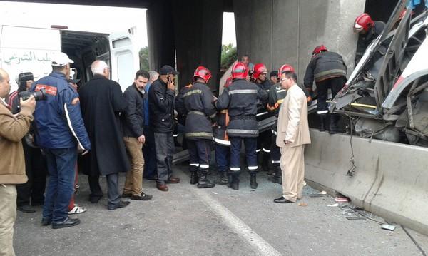 Casablanca : Un car s'encastre près de la gare routière Ouled Ziane (vidéo)