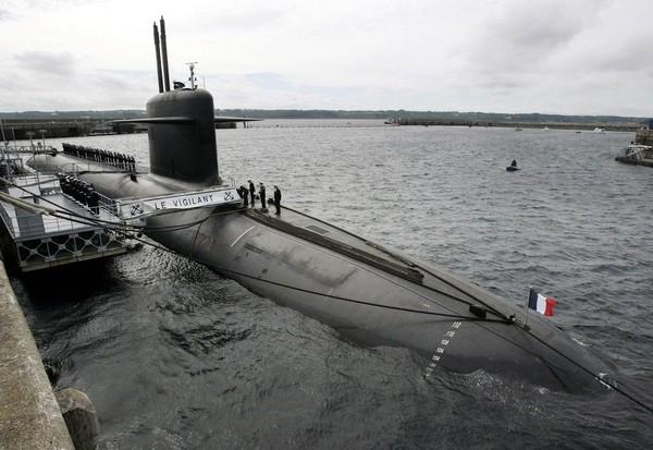 VIDEO. Tir raté d'un missile au large du Finistère : un échec à 120 millions d'euros - Société - MYTF1News