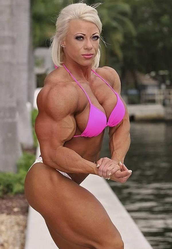 Women Bodybuilding Through the Years (Part 3) : - female bodybuilders 24