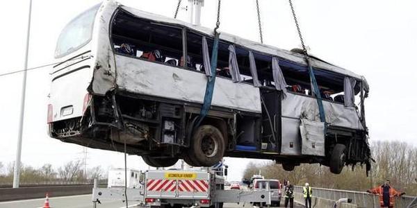Les autocars ne respectent pas les lois