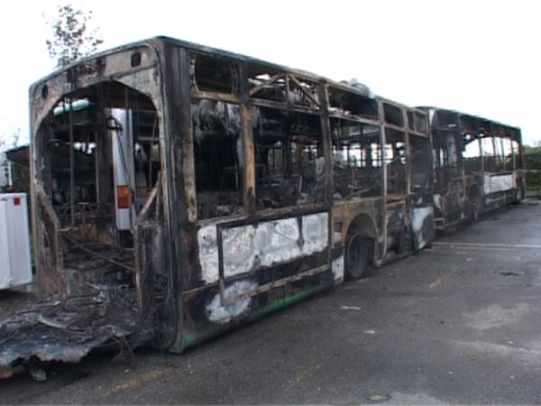 Annemasse: 4 bus brûlés dans la nuit