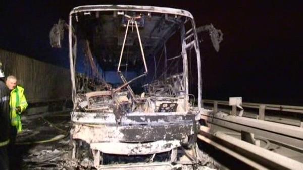 Oise: des familles britanniques évacuées d'un car en feu, le chauffeur et le passager de 2 camions décédés sur l'A1 – faits divers - France 3 Picardie