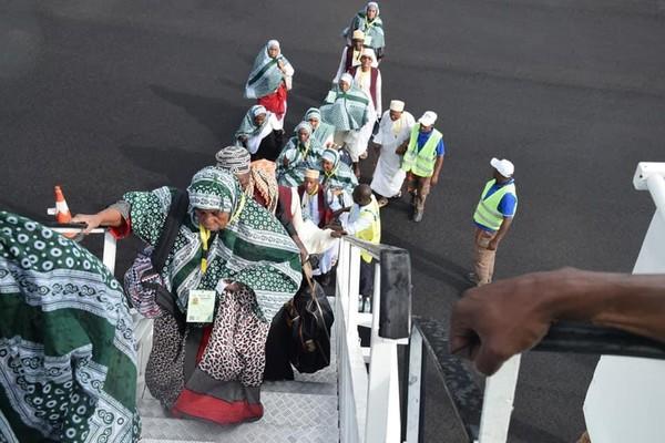 Des passagers d'Ethiopian Airlines au départ de Moroni testés positifs au Covid-19 à l'aéroport de Paris   Comores Infos