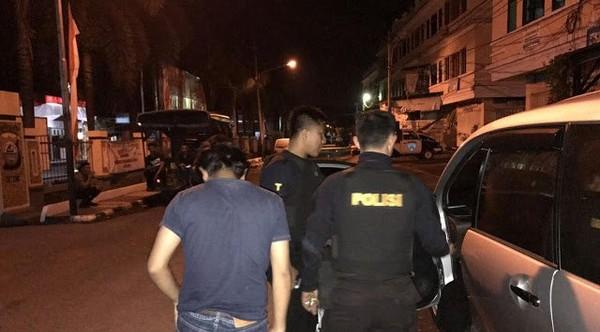 Percobaan Pemerkosaan oleh Sopir Taksi Online di Malam Sabtu - Berita Harian Indonesia